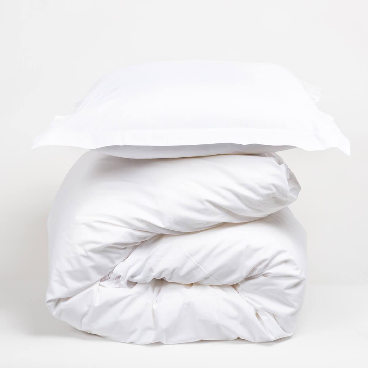 housse de couette blanche pure coton 57fils cm fabrication fran aise. Black Bedroom Furniture Sets. Home Design Ideas