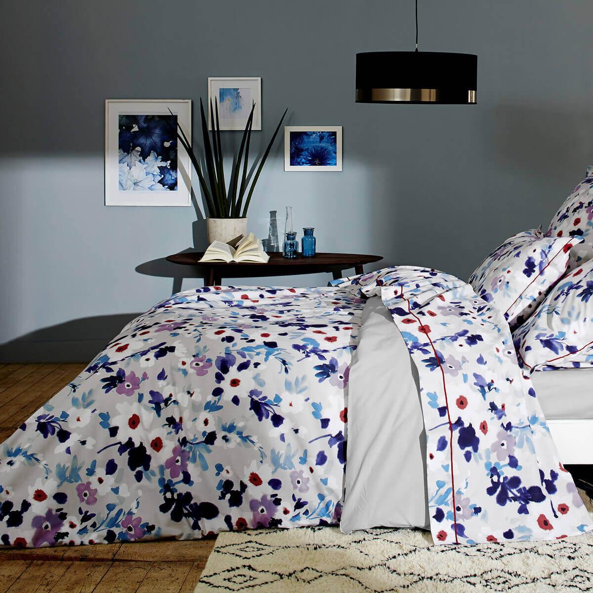 housse de couette fleurie aquarelle linge de lit made. Black Bedroom Furniture Sets. Home Design Ideas
