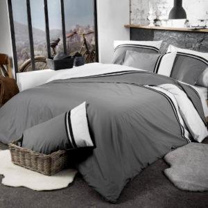 La housse de couette SMOKING par TRADILINGE habille votre lit avec élégance